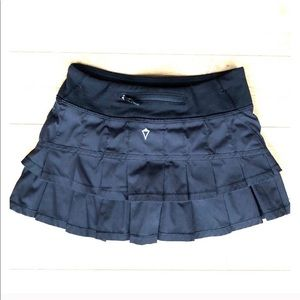 Ivivva LuLulemon girls SET THE PACE skirt size 12